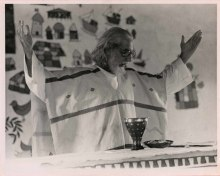 Ernesto Cardenal conducting mass in Solentiname, Nicaragua, 1974